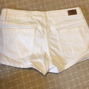 White O'Neill Shorts
